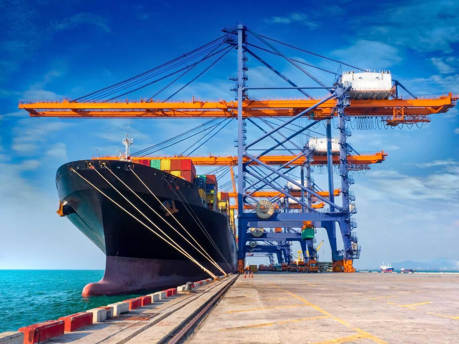 12 Maritime Wirtschaft-2